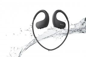 Sony выпускает водостойкие плееры-наушники WS410