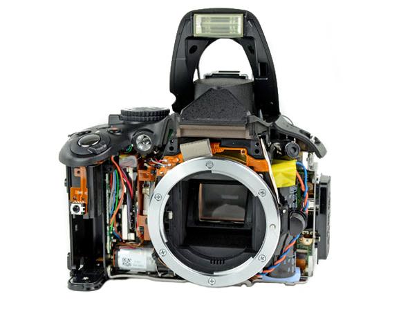 детали объектива фотоаппарата некоторые его
